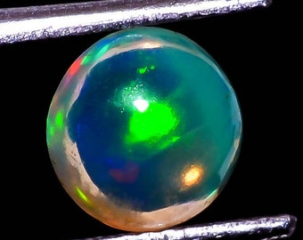 Natural Ethiopian OPAL .90cts oval Cabochon,extra Fire Play,size-7mm,AAA+++ Super Quality 4469