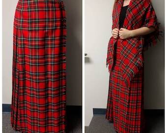 Vintage Clothing, Vintage Plaid Pleated Skirt, Red Plaid Skirt and Shawl, Red Plaid Wool, Aljean of Canada Brand, Pure Virgin Wool, Ladies S