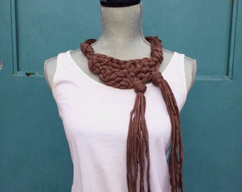 Statement necklace, Tshirt Yarn Necklace, Bib Necklace, Brown Necklace, Zpagetti yarn, Chunky Necklace, Knotted Necklace, Knot Necklace