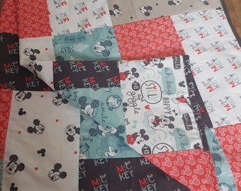 Disney Mickey Mouse Nursery Bedding Quilt Patchwork Blanket Cot Bedding Modern Home Decor Cotton White Black Red Green Cream