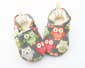 Organic Knits Vegan Coral Owls / All Fabric Soft Sole Baby Shoes / Made to Order / Babies Shower Gift Girl