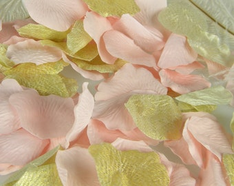 Light Pink & Gold Silk Rose Petals \ Pink Gold Wedding \ Bridal Shower Table Decor \ Table Scatter \ Tossing Aisle Flower Petals