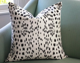 Les Touches Pillow Cover