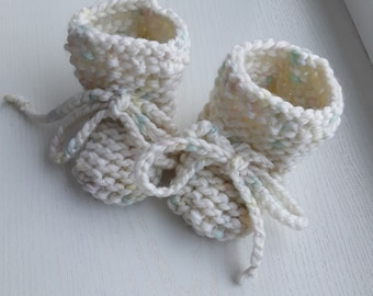 Baby booties Merino  booties Handmade baby booties  Baby socks Hand knit baby socks knit baby socks newborn socks baby socks newborn gift