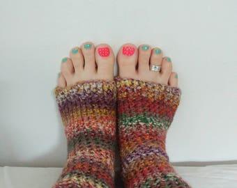 Earthy yoga/flip flop socks - The Green Bus, Vancouver Island, Canada.