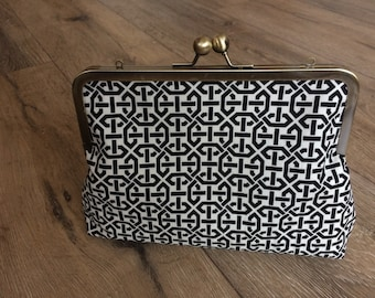 Black and white clutch bag, geometric clutch, monochrome evening bag, monochrome pattern, geometric pattern, kiss lock clutch bag