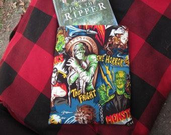 MAXI BOOK SLEEVE- Horror Lover - Book Pouch, Book Protector