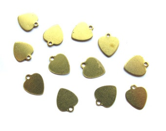 Tiny Engraving Raw Brass Heart Charms (20x) (V234)