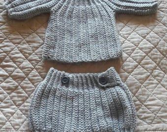 Top and harem pants crochet set