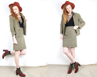 French Vintage tweed skirt suit / co-ordinate houndstooth khaki green & beige wool pencil skirt + jacket classic mod 1980s does 60s / S M