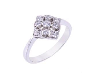 R010 Victorian Style Diamond Ring