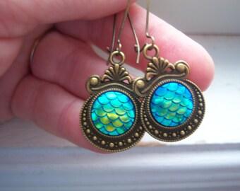 Mermaid Earrings - mermaid Scale Earrings  -Blue / Green Mermaid Scale Earrings -Dragon Egg Earrings