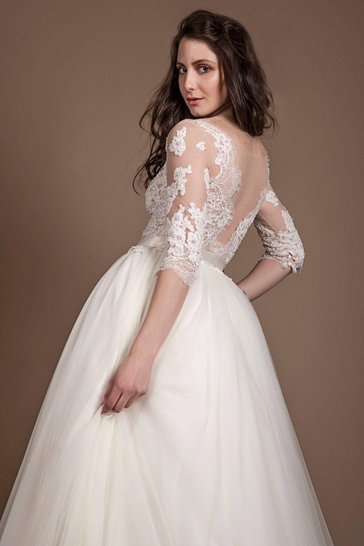 Tüll Brautkleid mit Spitze oben weiß mit langen Ärmeln