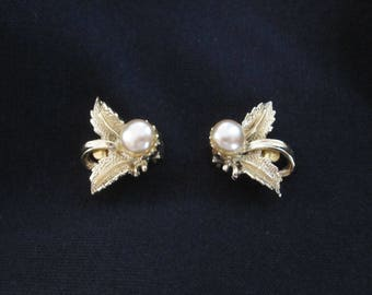 Vintage Glass and Pearl Earrings