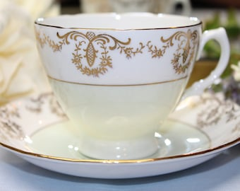 ROYAL VALE Bone China Teacup and Saucer.