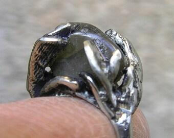 Cast silver ring, Labradorite