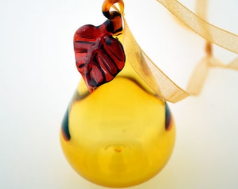 Pear Glass Ornament, Hand Blown Ornament, Golden Pear Ornament, Table Top Art, Gold Suncatcher, Suncatcher, Glass Art Pear, Blown Ornament