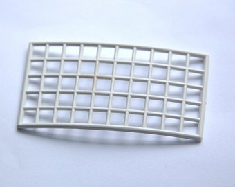 Vintage Large White Rectangle Plastic Grid Findings      bds861A