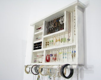 Jewelry Box with ring storage