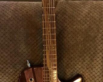 Custom Semi-Hollow Electric Guitar