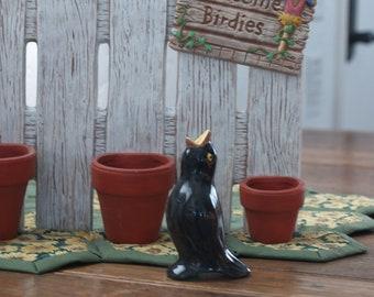 English Pie Bird - Black Licorice