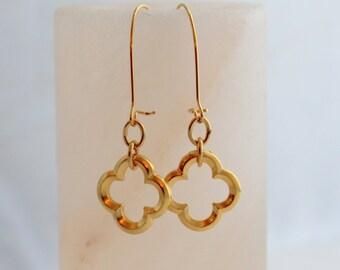 Gold Quatrefoil Earrings - Phi Mu Earrings - Clover Earrings - Phi Mu Jewelry