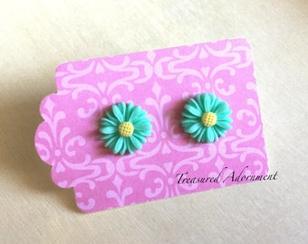 Sea Green Flower Stud Earrings, Margaret Earrings, Bridesmaids Earrings, Thank you gift for teacher, Holiday Gift Present, Stocking Stuffer