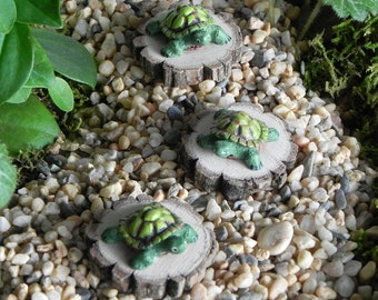 ONE Miniature Fairy Garden Turtle accessories for terrarium (ships at no additional fee with another item)