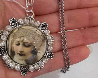 """Necklace """"of yesteryear poetry '-style roaring twenties"""""""