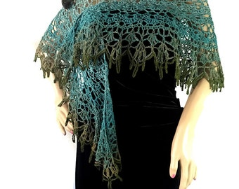 Outlander Claire Ombre Blue Green Shawl - Leaves of the Fairies - Crocheted Fraser Gabaldon FREE SHIPPING