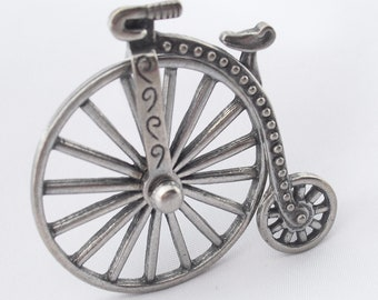 JJ Penny Farthing Bicycle Brooch, Vintage Jonette Movable Bike Pin, Jewelry for Biking Cycling Enthusiasts
