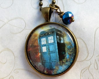 Tardis Necklace,  Doctor Who Jewelry, Doctor Who Necklace, Tardis Jewelry, Blue Police Box