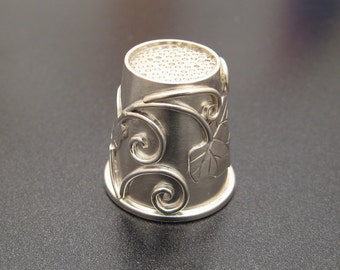 Sterling Ivy Thimble