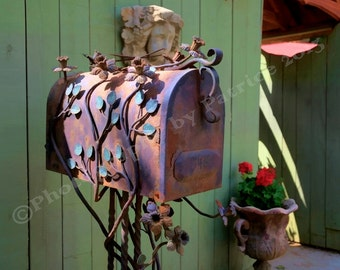 Sculpted Mailbox with flowers- 8x10 Original Photo