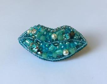 Brooch Aqua Lips