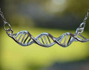 DNA Helix Nacklace
