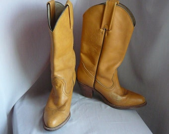 Vintage FRYE Western Boots  size 7 Eu 37 .5 UK 4 .5 / Leather Cognac Tan Contoured High Heel /1990s made USA