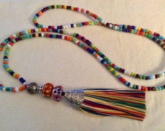 Multi colored necklace with tassel