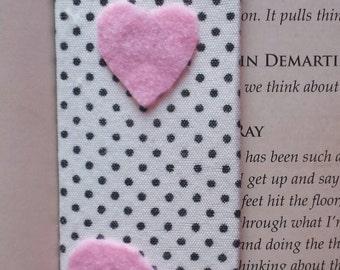 bookmark, fabric bookmark, polkadot bookmark, heart bookmark, felt bookmark,  pagekeper, pink bookmark, book lover gift, fabric pagekeeper