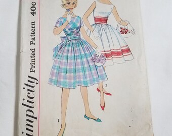 1960's  Simplicity Dress Sewing Pattern #3364, Size 12,  Bust 31
