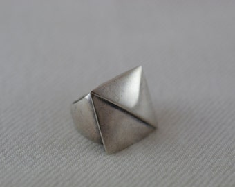 Vintage Sterling Silver 1950's Modernist Square Triangle Ring US 7.25  .....5019