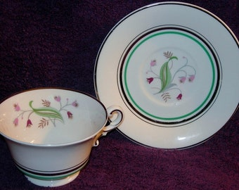 Free Shipping Minty Mid-Century Old Ivory Syracuse Coralbel Platinum Trim 9 Cups and 7 Saucers