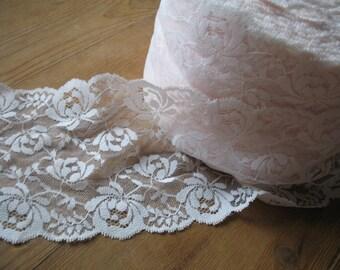 Extra wide 80's Vintage Lace, Soft Peach Colour, Lace trim, Wedding Lace, Accessories
