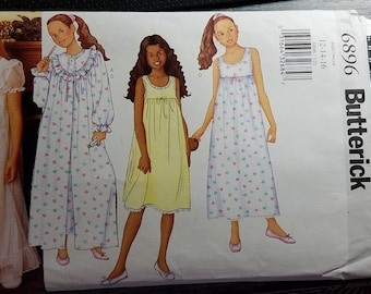 Butterick Girls # 6896 Nightgown or summer dress Sz 12-14-16 Factory Folded English and French on back