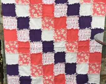 Baby girl rag quilt