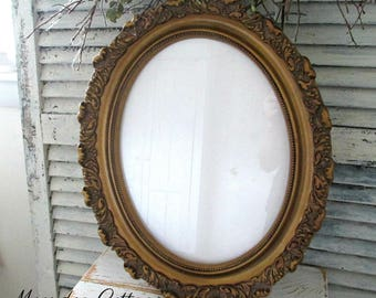 Vintage Oval Ornate Gold Wood Frame from Mexico