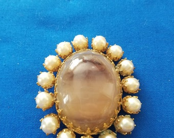 Large Gold Toned Pin with Beaded Edge