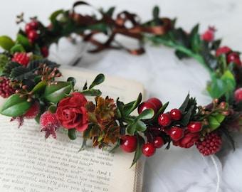 Woodland crown, berry crown, floral crown, green crown, boho headpiece, leaf hairband, forest wedding, red flower crown, burgundy hairpiece