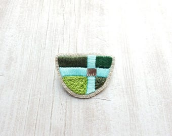 Embroidered Half Moon Brooch, Textile Brooch, Fabric Brooch, Embroidered Jewelry, Heraldic Brooch