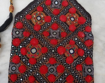 Vintage Style Handbag Handmade Hand Embroidered Kutch Style Antique Sling Bag 001